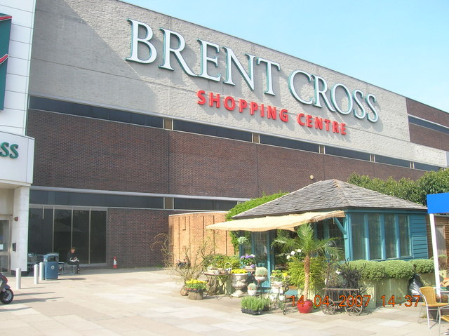 Brent Cross Shopping Centre is nearby