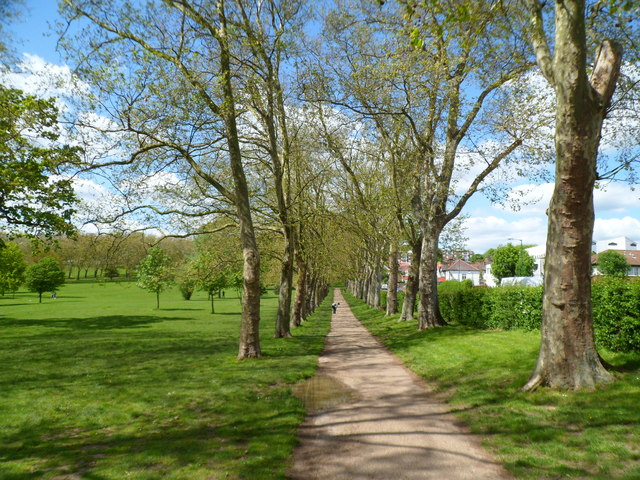 Gladstone Park - a beautiful open space in Neasden